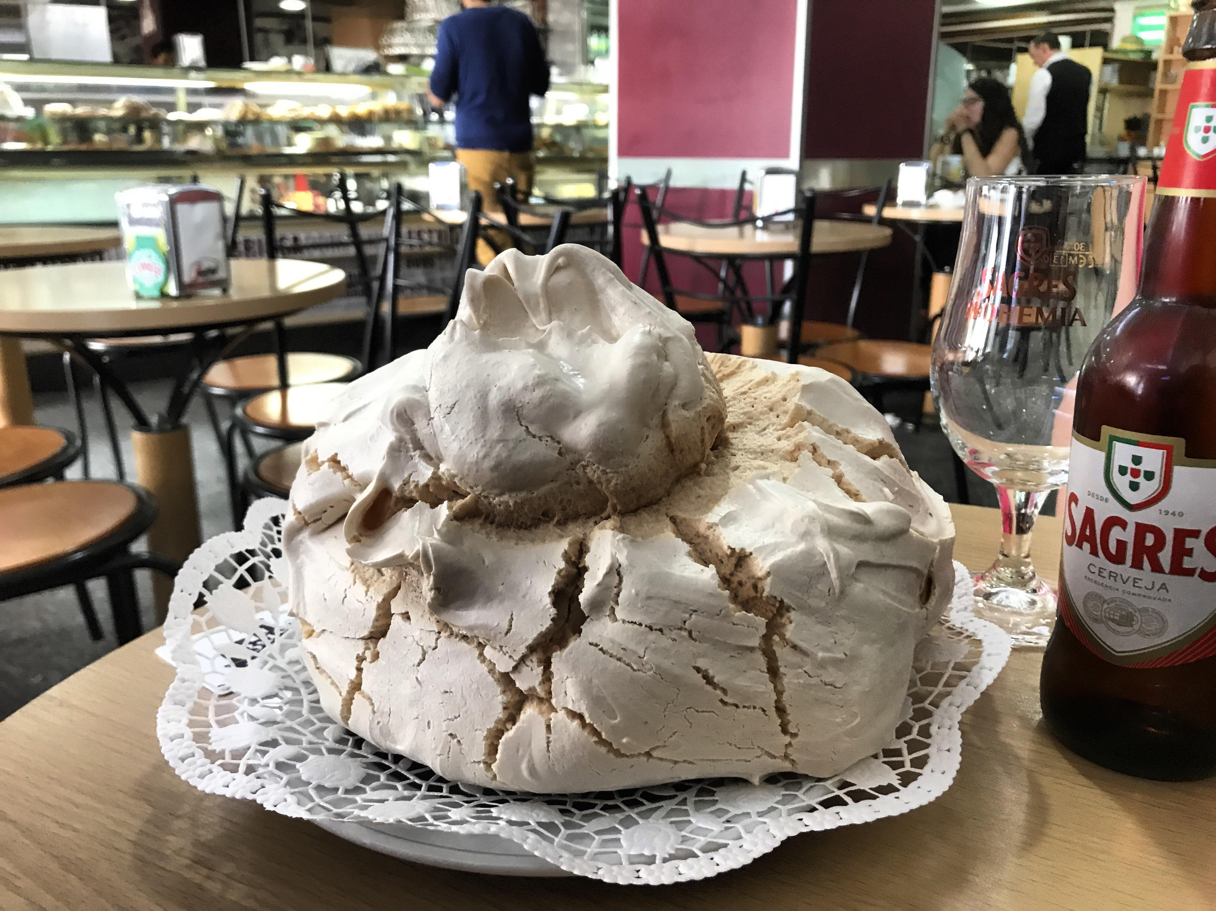 Giant meringues